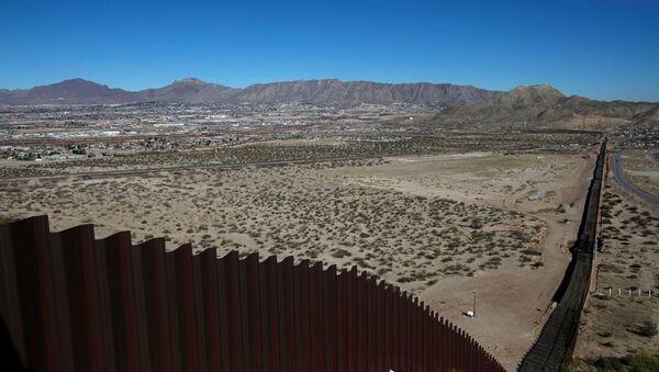 ABD-Meksika sınırı - duvar - Sputnik Türkiye