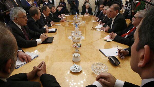 Suriyeli muhalifler Rusya Dışişleri Bakanı Sergey Lavrov ile Moskova'da görüştü - Sputnik Türkiye