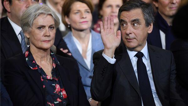 François Fillon - Penelope Fillon - Sputnik Türkiye