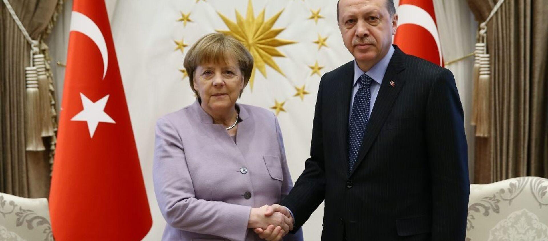 Almanya Başbakanı Angela Merkel- Türkiye Cumhurbaşkanı Recep Tayyip Erdoğan - Sputnik Türkiye, 1920, 23.03.2021