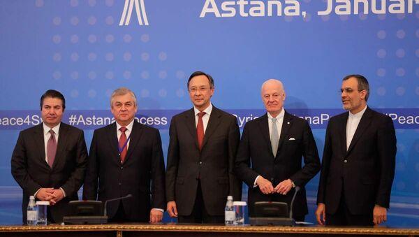 Alexander Lavrentyev (soldan 2.) - Sputnik Türkiye