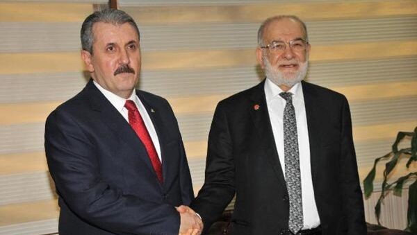 Saadet Partisi Genel Başkanı Temel Karamollaoğlu - Büyük Birlik Partisi  Genel Başkanı Mustafa Destici - Sputnik Türkiye