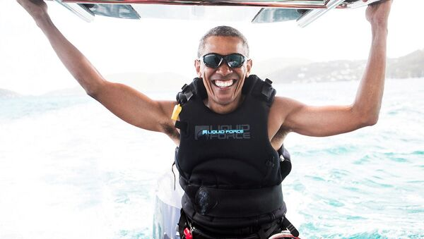 Eski ABD Başkanı Obama tatilin tadını çıkarıyor - Sputnik Türkiye
