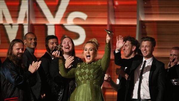 59. Grammy Ödülleri - Adele - Sputnik Türkiye