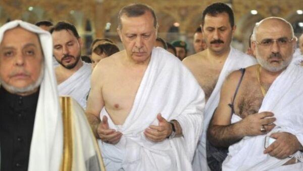 Cumhurbaşkanı Recep Tayyip Erdoğan Umre'de - Sputnik Türkiye