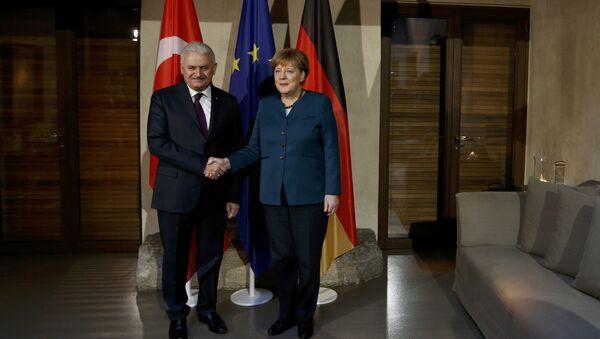 Başbakan Binali Yıldırım- Almanya Başbakanı Angela Merkel - Sputnik Türkiye