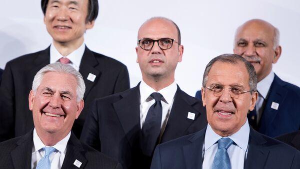 Sergey Lavrov ve Rex Tillerson - Sputnik Türkiye