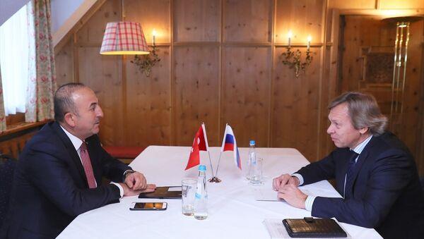 Mevlüt Çavuşoğlu Aleksey Puşkov ile görüştü - Sputnik Türkiye