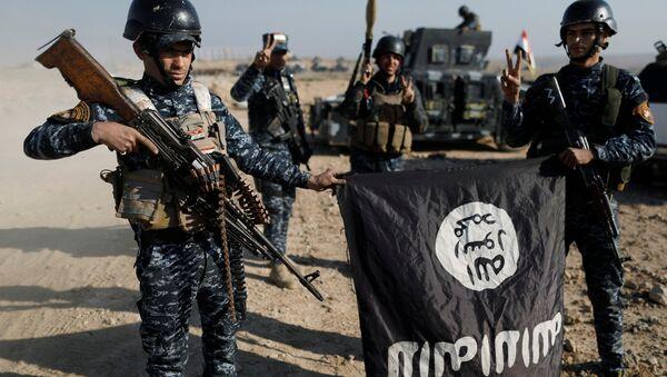 Musul'da IŞİD ile savaşan Irak federal polis güçleri - Sputnik Türkiye