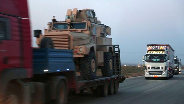 ABD'nin YPG'ye zırhlı araç sevkiyatı - Sputnik Türkiye