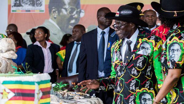 Zimbabve Devlet Başkanı Robert Mugabe, 93. doğum doğumgünü kutlamalarında - Sputnik Türkiye