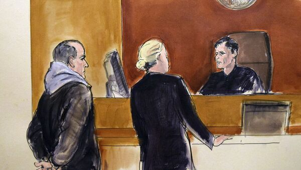 In this courtroom drawing, Elvis Redzepagic, left, appears before Magistrate Judge Robert Levy, right, Saturday, March 4, 2017 in New York, during his arraignment on charges that he attempted to provide material support to a foreign terrorist organization. - Sputnik Türkiye