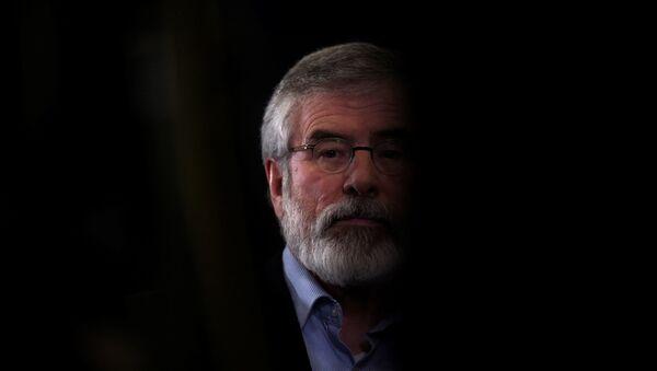 Sinn Fein lideri Gerry Adams - Sputnik Türkiye