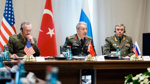 Antalya'da üç ülkenin genelkurmay başkanlarının toplantısı - Sputnik Türkiye