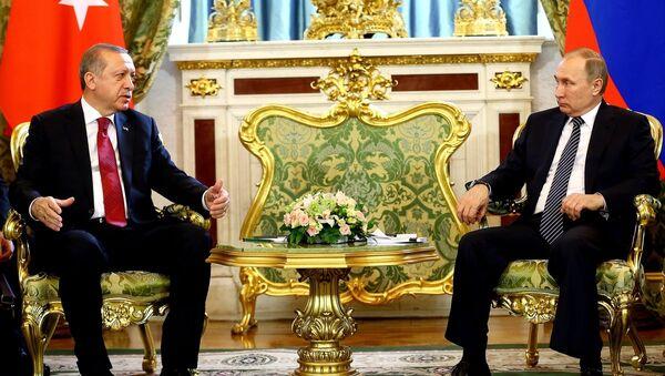 Türkiye Cumhurbaşkanı Recep Tayyip Erdoğan ve Rusya Devlet Başkanı Vladimir Putin - Sputnik Türkiye
