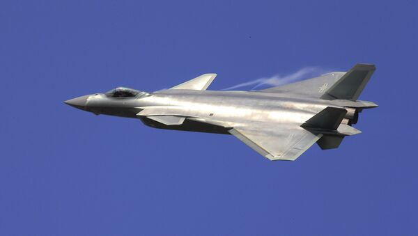 Çin'in yeni hayalet uçağı J-20 - Sputnik Türkiye