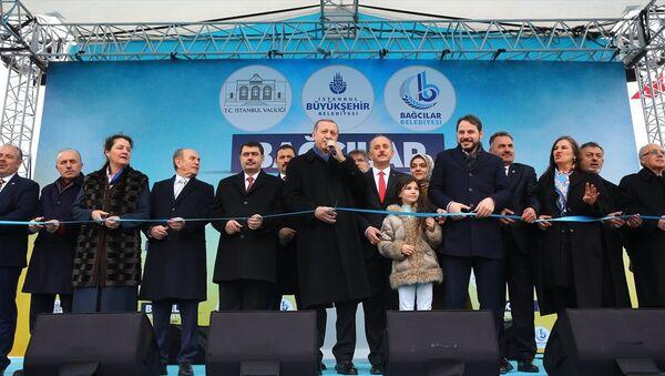 Cumhurbaşkanı Recep Tayyip Erdoğan Bağcılar'daki toplu açılış törenine katıldı - Sputnik Türkiye