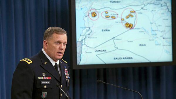 Pentagon Sözcüsü Jeff Davis - Sputnik Türkiye