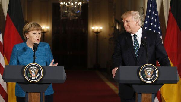 Angela Merkel ve Donald Trump - Sputnik Türkiye