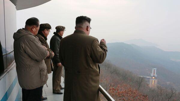 Kuzey Kore'den yeni roket motoru denemesi - Sputnik Türkiye