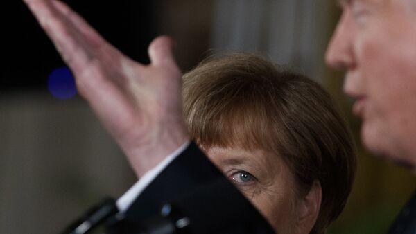 Almanya Başbakanı Angela Merkel- ABD Başkanı Donald Trump - Sputnik Türkiye