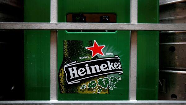 Heineken'in kızıl yıldızı Macaristan'da yasaklanıyor - Sputnik Türkiye