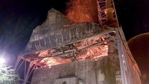 Tarihi Beyazıt Camisi yandı - Sputnik Türkiye