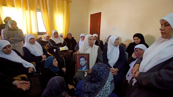 Filistinliler, öldürülen Mazen Fukaha'nın yasını tutuyor - Sputnik Türkiye