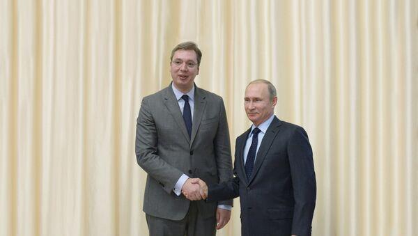 Sırbistan Başbakanı Aleksandr Vuçiç ve Rusya Devlet Başkanı Vladimir Putin - Sputnik Türkiye