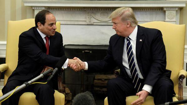 ABD Başkanı Donald Trump ile Mısır Cumhurbaşkanı Abdulfettah el Sisi - Sputnik Türkiye