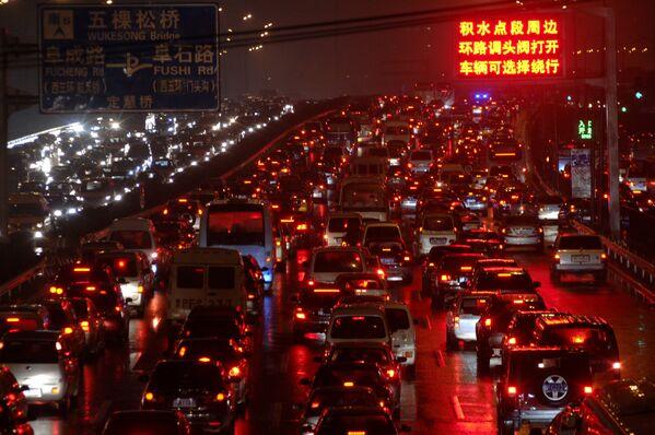 Çin'de trafik sorunu - Sputnik Türkiye