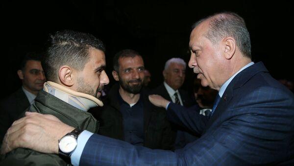 Cumhurbaşkanı Recep Tayyip Erdoğan ve Hüseyin Kurt - Sputnik Türkiye