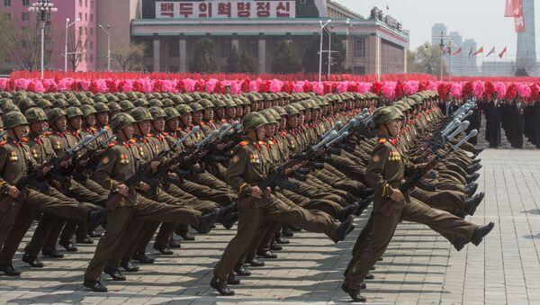 Kuzey Kore'nin kurucusu Kim İl-sung'un 105. doğum günü vesilesiyle düzenlenen kutlama etkinlikleri. - Sputnik Türkiye