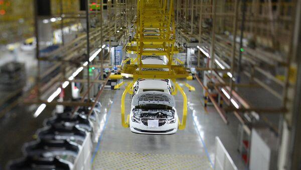 General Motors'a ait bir otomobil fabrikası - Sputnik Türkiye
