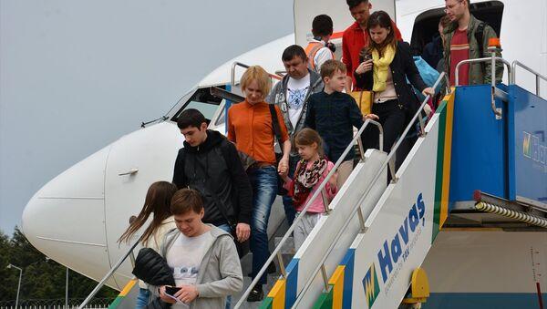 Alanya-Gazipaşa Havalimanı'na Rusya'dan ilk kez direkt tarifeli sefer düzenlendi - Sputnik Türkiye