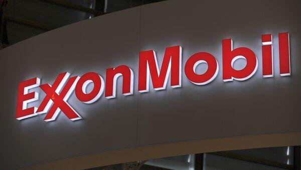 Logo of US oil and gas giant ExxonMobil - Sputnik Türkiye