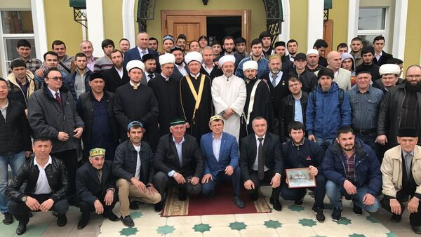 Diyanet İşleri Başkanı Mehmet Görmez Rusya'da cami açılışına katıldı - Sputnik Türkiye