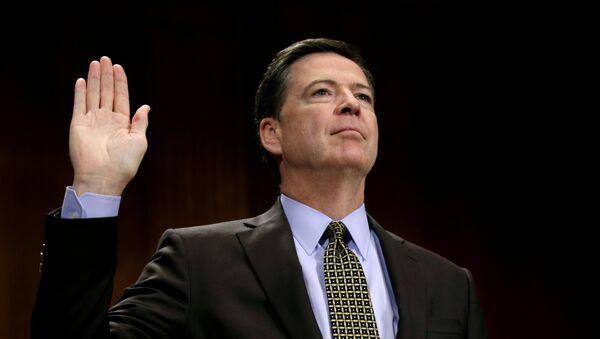 FBI Direktörü James Comey - Sputnik Türkiye