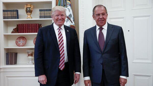 Rusya Dışişleri Bakanı Sergey Lavrov- ABD Başkanı Donald Trump - Sputnik Türkiye
