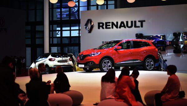 A Renault Kadjar is displayed at the 16th Shanghai International Automobile Industry Exhibition in Shanghai on April 20, 2015 - Sputnik Türkiye