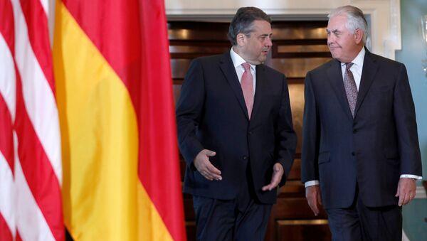 Almanya Dışişleri Bakanı Sigmar Gabriel- ABD Dışişleri Bakanı Rex Tillerson - Sputnik Türkiye