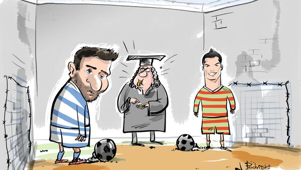 Messi'nin ardından Ronaldo'nun da 'vergi kaçırdığı' iddia edildi - Sputnik Türkiye