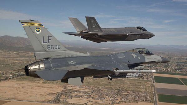 F-16 and F-35 - Sputnik Türkiye