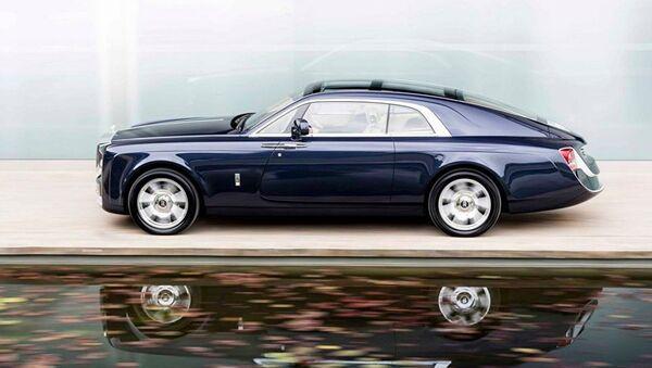 Rolls-Royce dünyanın en pahalı arabasını sundu - Sputnik Türkiye