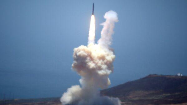 ABD orta ölçekli balistik füze savunma sistemini test etti - Sputnik Türkiye