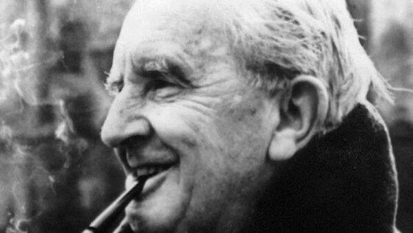 J.R.R. Tolkien - Sputnik Türkiye