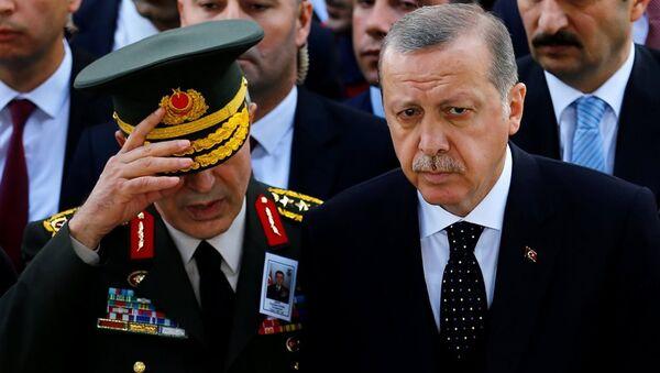 Genelkurmay Başkanı Hulusi Akar - Cumhurbaşkanı Recep Tayyip Erdoğan - Sputnik Türkiye