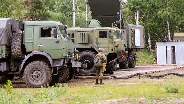 Rusya'da  S-300 füze sistemleriyle  hava savunma  tatbikatı  - Sputnik Türkiye