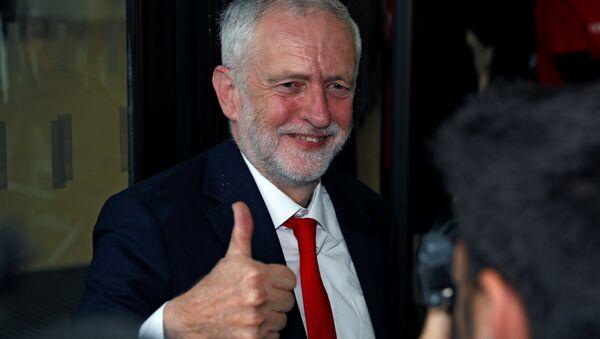 İşçi Partisi lideri Jeremy Corbyn - Sputnik Türkiye