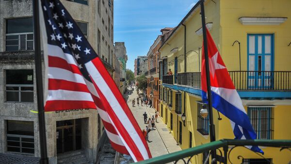 Küba ve ABD bayrakları - Sputnik Türkiye
